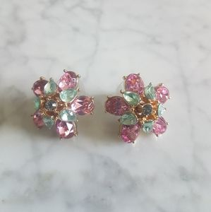 🌼 Banana Republic floral earrings